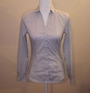 H&M fitted stretch button down blue top 4!